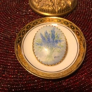 Vintage Hand-Painted Lavender Porcelain Cameo Pin